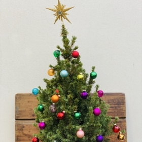 Christmas tree with multi coloured decoration kit