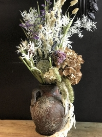 Dried Urn design